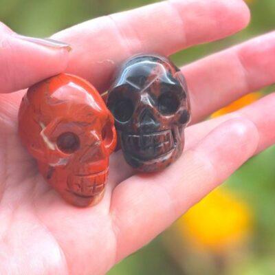Krystal kranier rød obsidian og rød jaspis